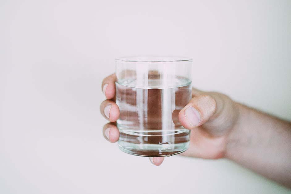 Esencijalni sastojak našeg organizma – Voda